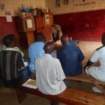 discussion sur le sport à la prison centrale de Bukuva