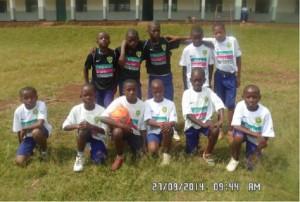 les petits écoliers de l'école primaire de Katana