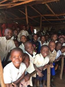 écoliers primaires à Nyantende