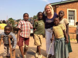 Da Véro et ses petits amis d'Heri Kwetu